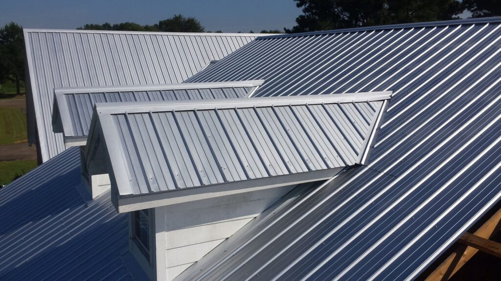 Metal Roofing-Quality Metal Roofing Crew of West Palm Beach