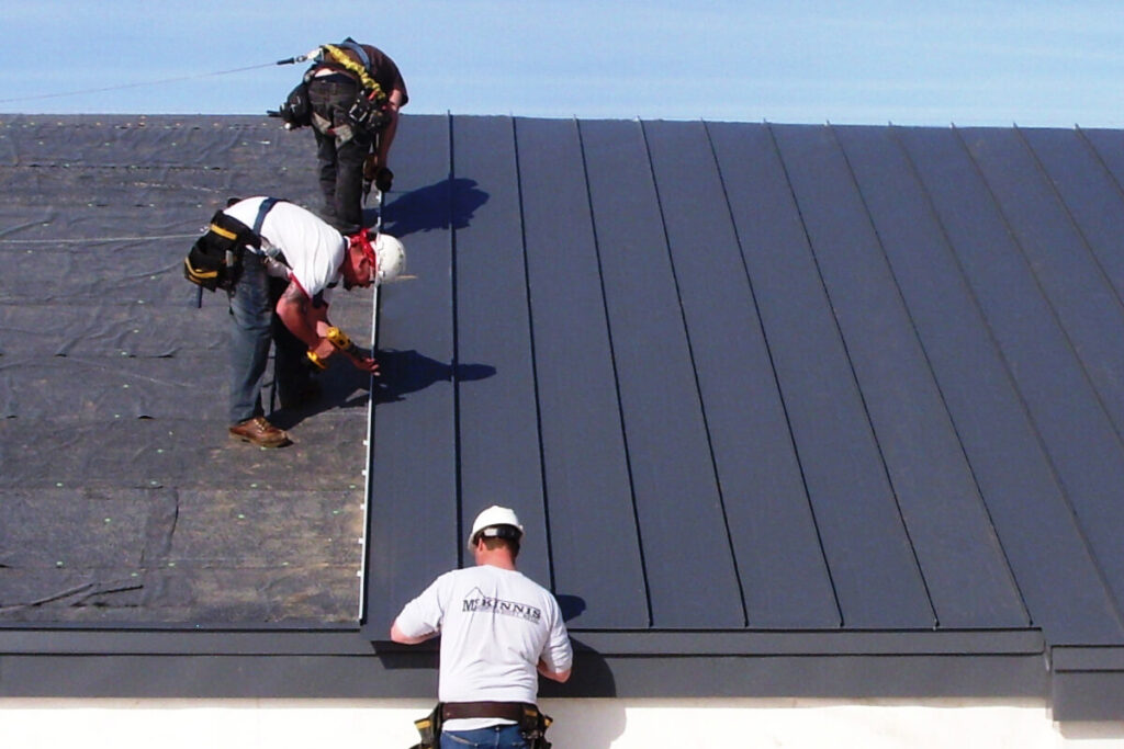 Standing Seam Metal Roof-Quality Metal Roofing Crew of West Palm Beach